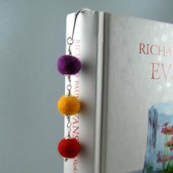 filc,kula,kolorowa,zakładka - Zakładki do książek - Akcesoria